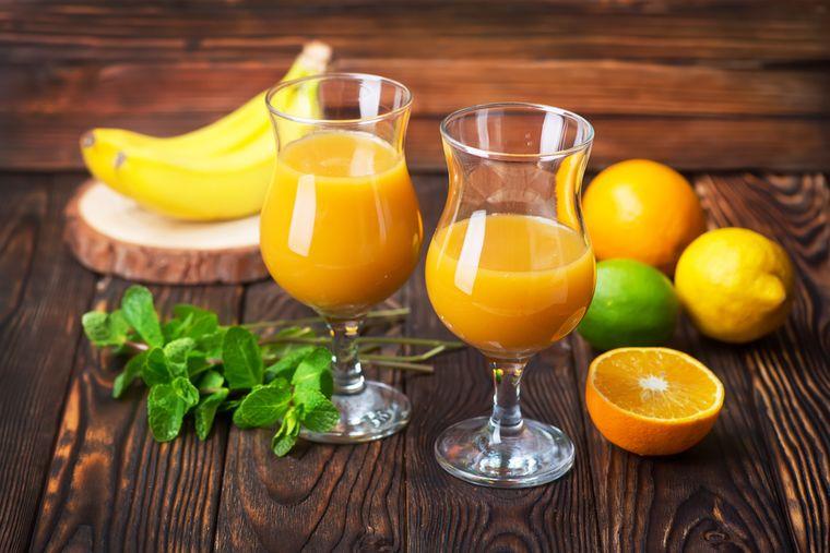 банан и апельсиновый сок
