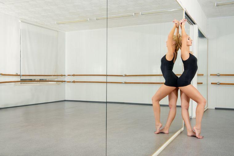 занимается боди балетом для похудения