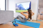 8 способов быть физически активной во время просмотра ТВ