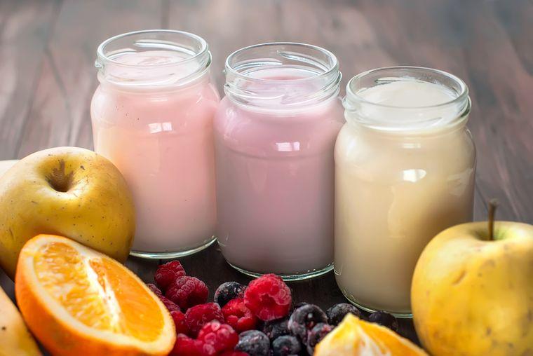 йогурты с фруктами