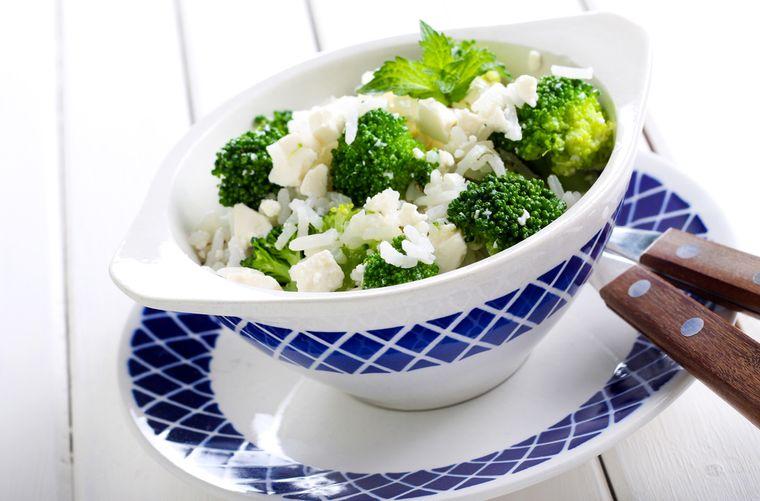 белый рис с брокколи