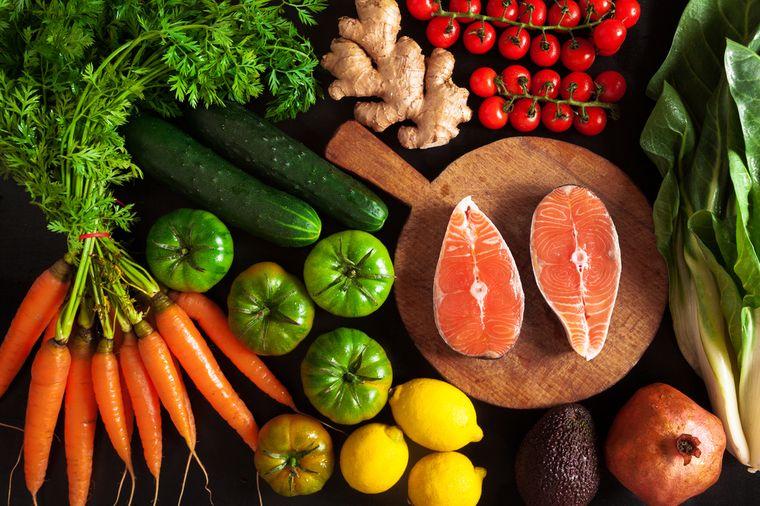 фрукты, овощи и рыба