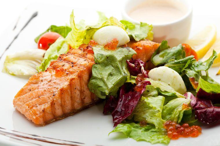 рыба, овощи и кефир - продукты для диеты здорового питания