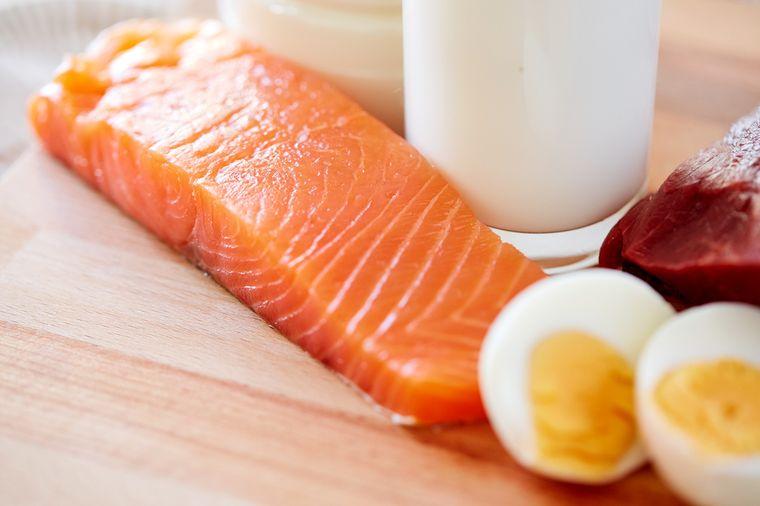 рыба, яйца и кефир