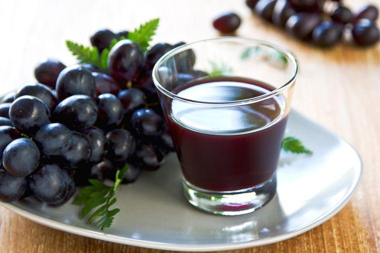 сок из темного винограда