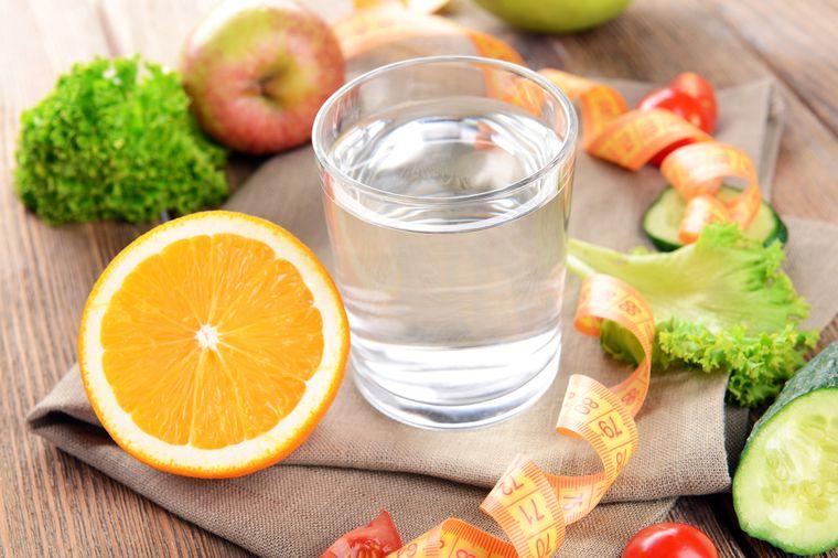 овощи, фрукты и вода