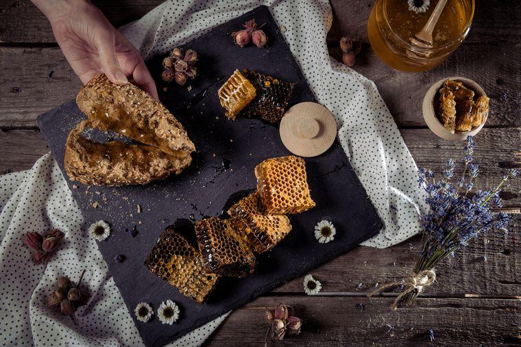 хлеб и мед