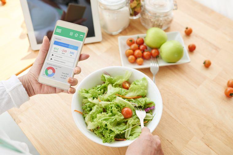 использование мобильного приложения для дневника похудения