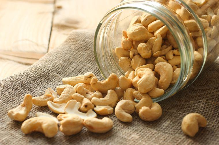 Калорийность кешью на 100 грамм, бжу орехов