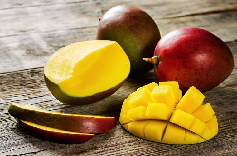 Сколько калорий в манго: калорийность свежего фрукта, сушеного, гликемический индекс