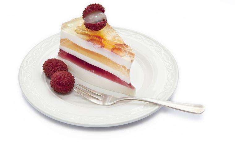 пирожное с личи