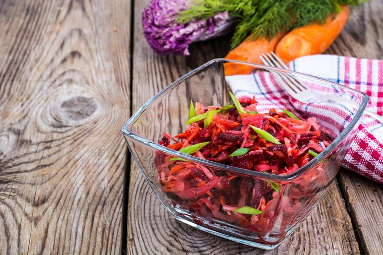 полезный салат щетка