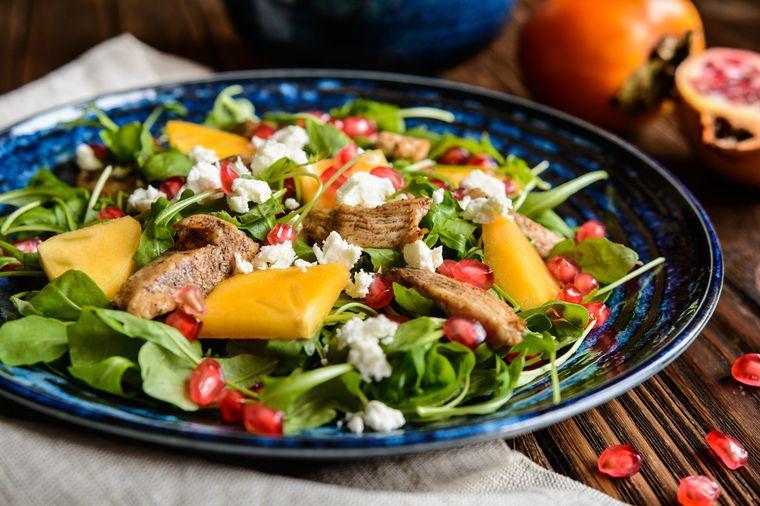 салат из хурмы