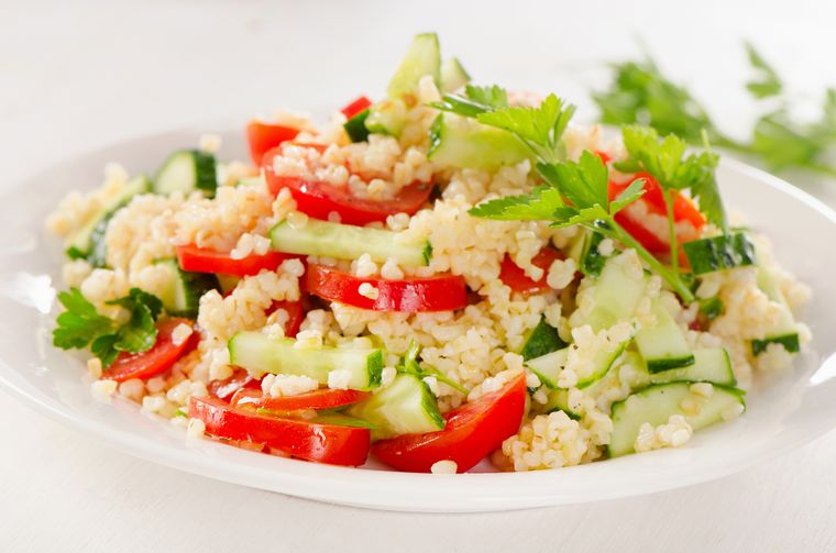 салат из овощей с булгуром