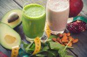 10 рецептов детокс смузи для красоты и здоровья