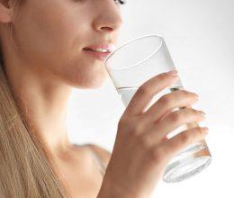 15 причин пить воду для похудения