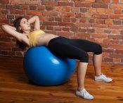 13 упражнений, которые помогут быстро избавиться от жира на животе