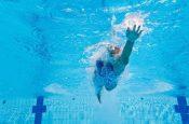 7 причин, по которым плавание помогает похудеть