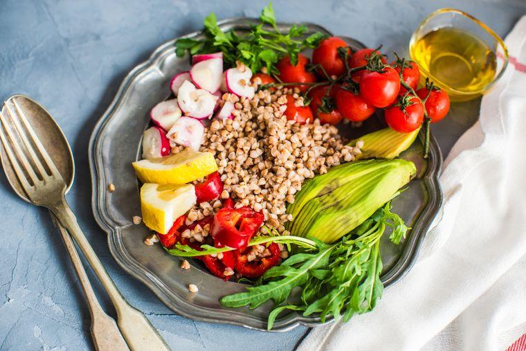 Диета на куриной грудке c овощами, фруктами и крупами с фото.