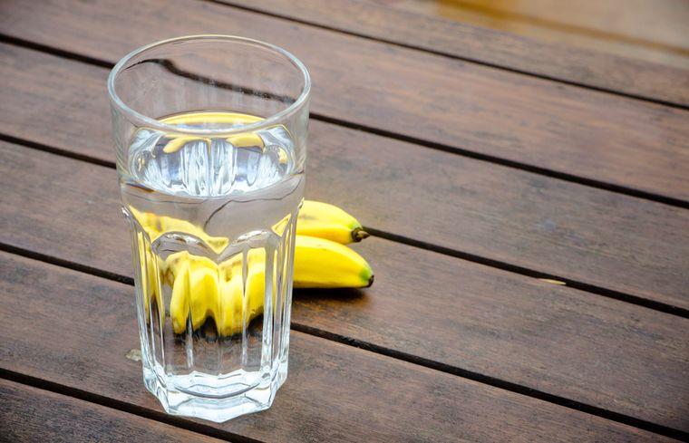 бананы и вода