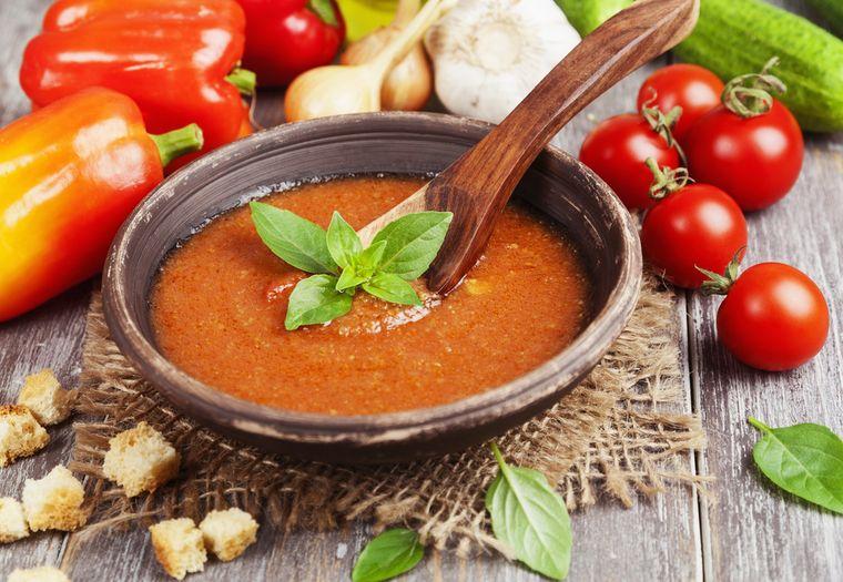 крем-суп с томатным соусом