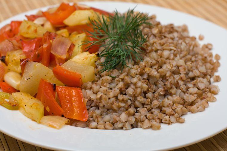 гречка с овощным рагу