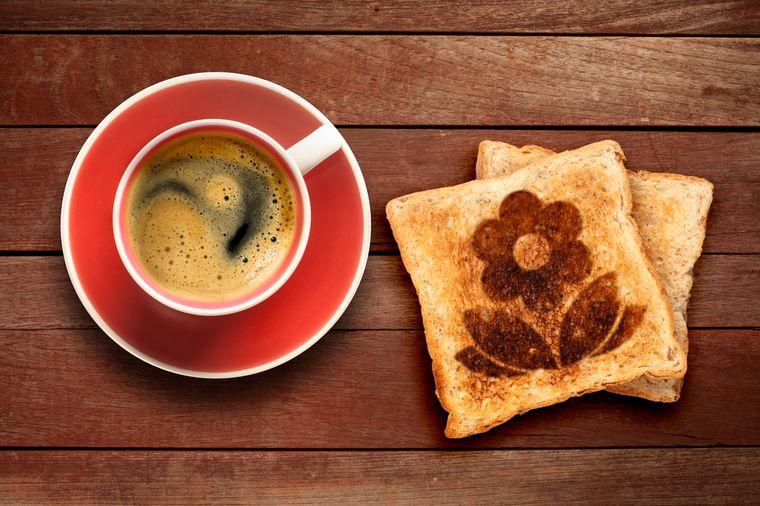 кофе и хлеб