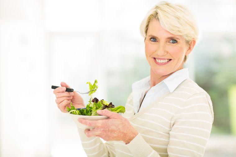 женщина после 50 похудела на диете