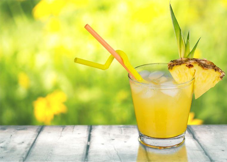 коктейль с ананасом